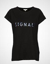 Signal T-Shirt/Top T-shirts & Tops Short-sleeved Svart SIGNAL