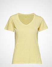 Gant O2. Sunbleached Ss T-Shirt T-shirts & Tops Short-sleeved Gul GANT