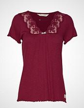 Odd Molly Secret Break Top T-shirts & Tops Short-sleeved Rød ODD MOLLY