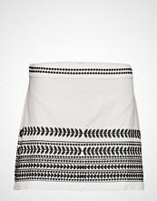 Mango Embroidered Skirt Kort Skjørt Hvit MANGO