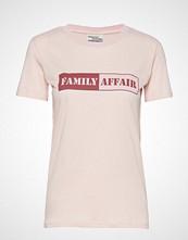 Baum Und Pferdgarten Jerry T-shirts & Tops Short-sleeved Rosa BAUM UND PFERDGARTEN