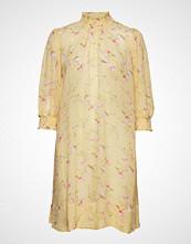 by Ti Mo Delicate Semi A-Line Dress Knelang Kjole Gul BY TI MO
