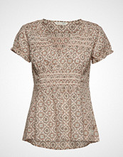 Odd Molly Facile Flower Blouse T-shirts & Tops Short-sleeved Beige ODD MOLLY