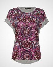 Desigual Ts Sevilla T-shirts & Tops Short-sleeved Rød DESIGUAL