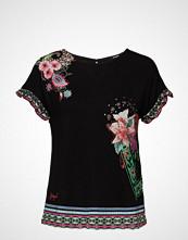 Desigual Ts Medoc T-shirts & Tops Short-sleeved Svart DESIGUAL