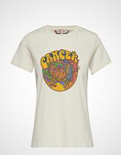 Tommy Hilfiger Zendaya Zodiac Tee Ss T-shirts & Tops Short-sleeved TOMMY HILFIGER
