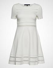 French Connection Scille Lula Jersey Short Sleeve Dress Kort Kjole Hvit FRENCH CONNECTION
