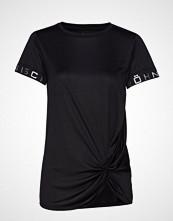 Röhnisch Knot Tee T-shirts & Tops Short-sleeved Svart RÖHNISCH