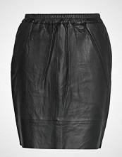 Coster Copenhagen Leather Skirt W. Elastic In Waist Kort Skjørt Svart COSTER COPENHAGEN