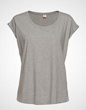 Custommade Lonnie T-shirts & Tops Short-sleeved Grå CUSTOMMADE