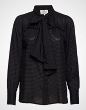 Lexington Clothing Janina Dobby Blouse Bluse Langermet Svart LEXINGTON CLOTHING