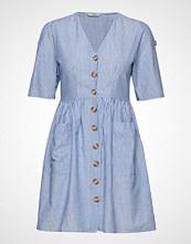 Only Onltammy S/S Dress Wvn Kort Kjole Blå ONLY