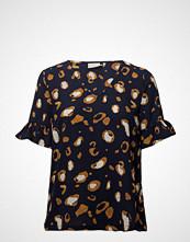Kaffe Barbara Blouse T-shirts & Tops Short-sleeved Blå KAFFE