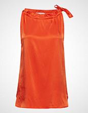 Coster Copenhagen Sleeveless Top In Satin Stretch W. T-shirts & Tops Sleeveless Oransje COSTER COPENHAGEN