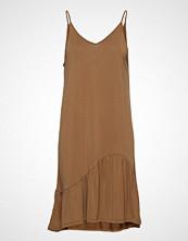 Second Female Rayes Dress Kort Kjole Brun SECOND FEMALE