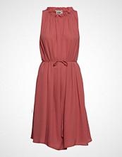 Twist & Tango Marielle Dress Knelang Kjole Rosa TWIST & TANGO