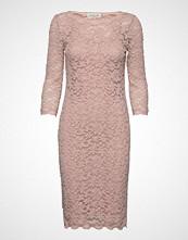 Rosemunde Dress 3/4s Knelang Kjole Rosa ROSEMUNDE