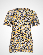 By Malene Birger Lindie T-shirts & Tops Short-sleeved Gul BY MALENE BIRGER