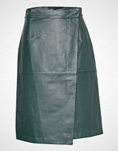 French Connection Abri Leather Knee Length Skirt Kort Skjørt Grønn FRENCH CONNECTION