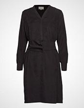 Minus Lux Dress Knelang Kjole Svart MINUS
