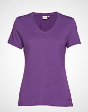 Cream Naia T-Shirt T-shirts & Tops Short-sleeved Lilla Cream