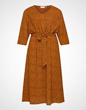 Only Carmakoma Carluxeve 3/4 Calf Belt Dress Aop Knelang Kjole Oransje ONLY CARMAKOMA