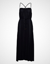 Filippa K Gathered Strap Dress Knelang Kjole Svart FILIPPA K