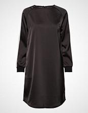 Soft Rebels Linea Dress Knelang Kjole Svart SOFT REBELS