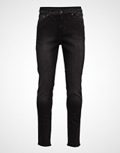 Cheap Monday Sonic Black Mode Slim Jeans Svart CHEAP MONDAY