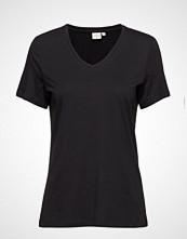 Cream Naia T-Shirt T-shirts & Tops Short-sleeved Svart Cream