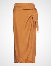 Coster Copenhagen Skirt W. Bow Detail Knelangt Skjørt Brun COSTER COPENHAGEN