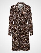 Minus Fariha Shirt Dress Knelang Kjole Brun MINUS