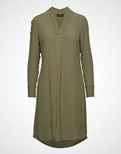 Bruuns Bazaar Liva Jennifer Dress Knelang Kjole Grønn BRUUNS BAZAAR