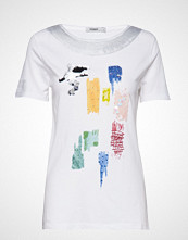 Desigual Ts Canterbury T-shirts & Tops Short-sleeved Hvit DESIGUAL