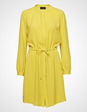 Sand 3315 - Zihia Dress 2 Knelang Kjole Gul SAND