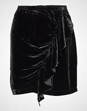 DESIGNERS, REMIX Short Velvet Skirt With Front Drape Kort Skjørt Svart DESIGNERS, REMIX