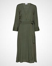 Ganni Printed Crepe Wrap Dress Knelang Kjole Grønn GANNI