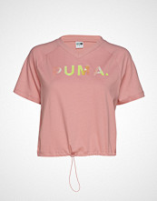 Puma Chase V Tee T-shirts & Tops Short-sleeved Rosa PUMA