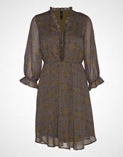Yas Yasnichole 3/4 Dress Knelang Kjole Brun YAS