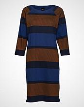 Nanso Ladies Dress, Puomi Knelang Kjole Multi/mønstret NANSO