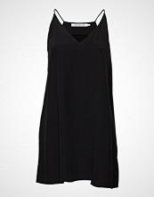 Calvin Klein Flared Slip Dress Kort Kjole Svart CALVIN KLEIN JEANS