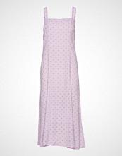 Envii Enfairfax Sl Dress Aop 6651 Knelang Kjole Rosa ENVII