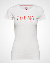 Tommy Jeans Tjw Casual Tommy Tee T-shirts & Tops Short-sleeved Hvit TOMMY JEANS