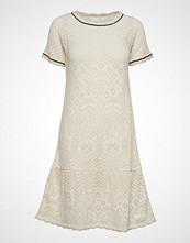 Odd Molly Good Gracious Dress Knelang Kjole Creme ODD MOLLY