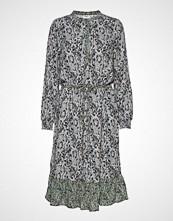 Saint Tropez U6030, Woven Dress Bellow Knee Knelang Kjole Grønn SAINT TROPEZ