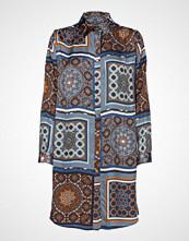 Sand 3339 - Asia Dress Knelang Kjole Multi/mønstret SAND