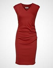 Kaffe India V-Neck Dress Knelang Kjole Rød KAFFE