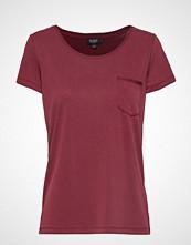 Soaked in Luxury Slcolumbine Tee T-shirts & Tops Short-sleeved Rød SOAKED IN LUXURY