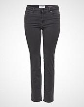 Violeta by Mango Slim-Fit Valentin Jeans Slim Jeans Svart VIOLETA BY MANGO