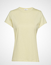 Filippa K Flared Cap Sleeve T-Shirt T-shirts & Tops Short-sleeved Gul Filippa K